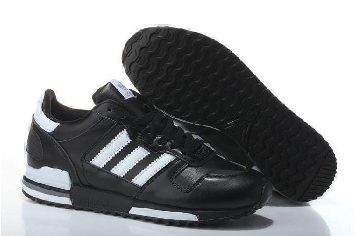 Кроссовки Adidas ZX 700 Leather (Black/White) фото в «GetKeds»