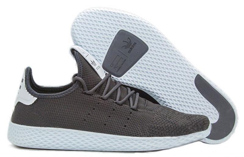 Кроссовки Adidas x Pharrell Williams Tennis Hu (Black/White) фото в «GetKeds»