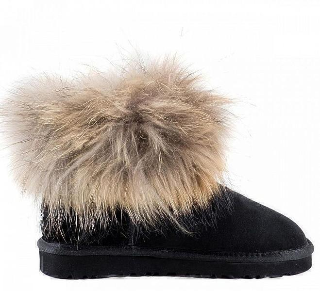 UGG Fox Fur Mini Black фото #4 в «GetKeds»