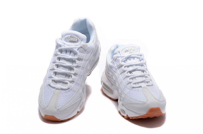 Nike Air Max 95 (White/Gum) фото #2 в «GetKeds»