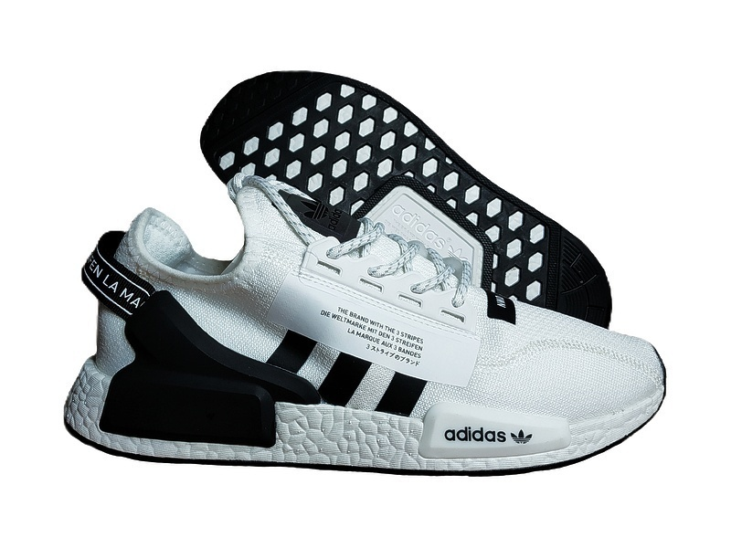 Adidas NMD R1 V2 Cloud White Core Black фото #2 в «GetKeds»